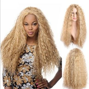 Blonde crimps curly wig